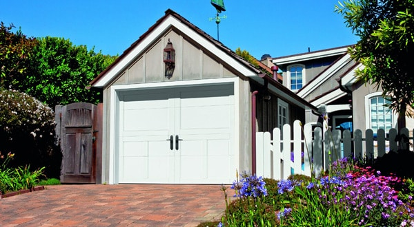 Carriage Court Style Garage Door