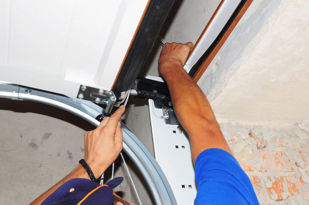 Garage-door-repair-noisy-garage-door