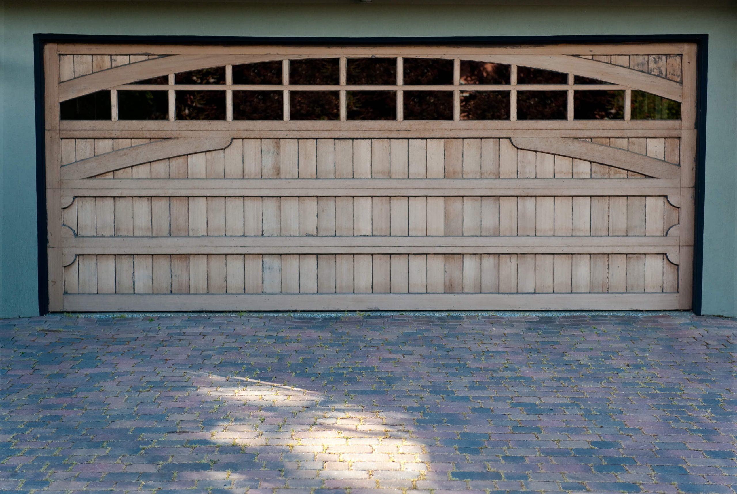 garage-door-windows